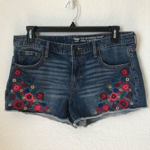 GAP Embroidered Flower Jean Cut Off Shorts